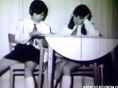 2 schoolgirls enticed