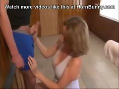Mom sucks off her own son - HornBunny.com