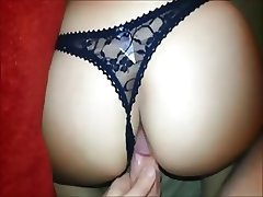 Horny wife gets fucked on real homemade