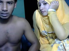 couple from dubai