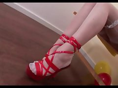 ..cole karneval shoejob Footjob blowjob 1