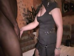 white wife at the black boy club gets fuck and a facial